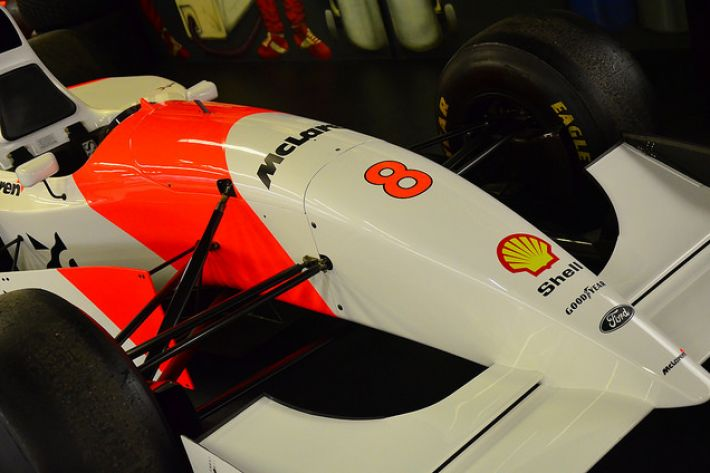 McLaren MP4/8 photographed by Ben Sutherland (Flickr 15 July 2014)